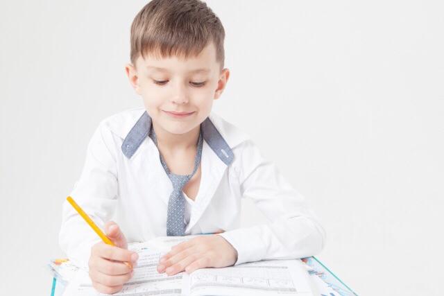 勉強しない子供に勉強させる方法