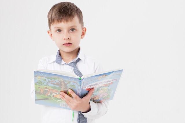 本を読む子読まない子で学力に差がでるって本当?子供に読書の習慣づけをしよう!